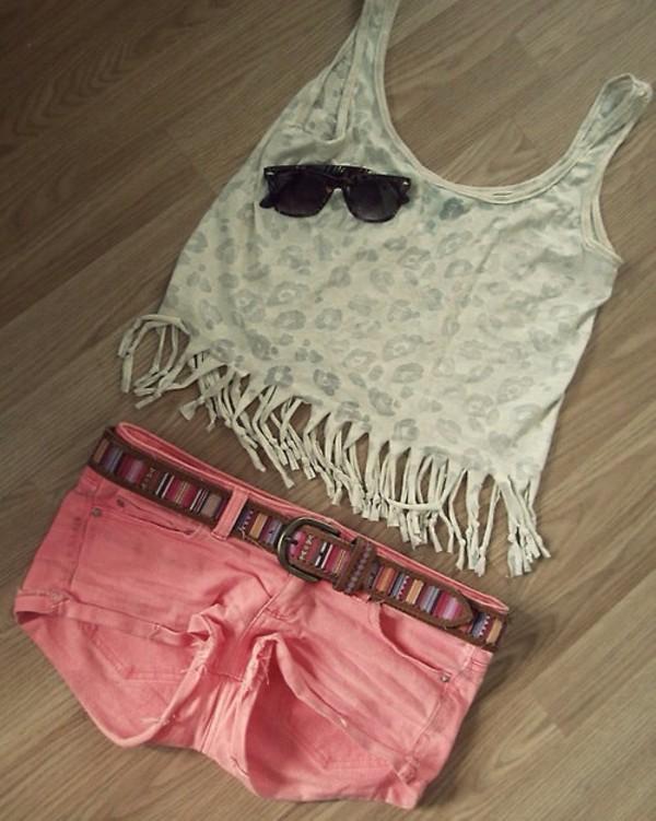 tank top shorts top white shirt cute! summer time coral shorts! coral