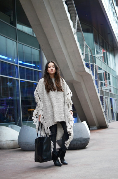 blaastyle blogger bag winter outfits poncho knitwear tote bag sud express sweater shoes jewels