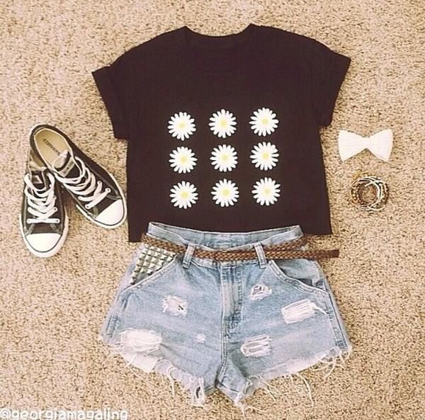 blouse t-shirt black flowers top flower shirt floral tank top floral shirt floral t shirt daisy top