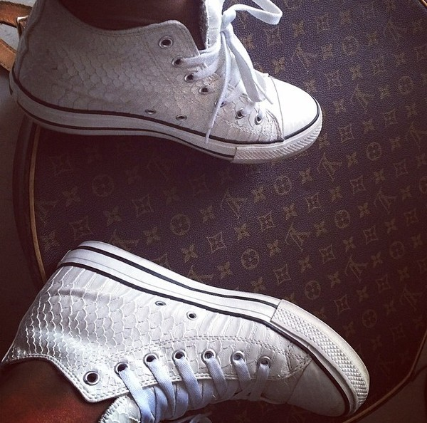 shoes trainers sneakers white white kicks footwear converse snake skin