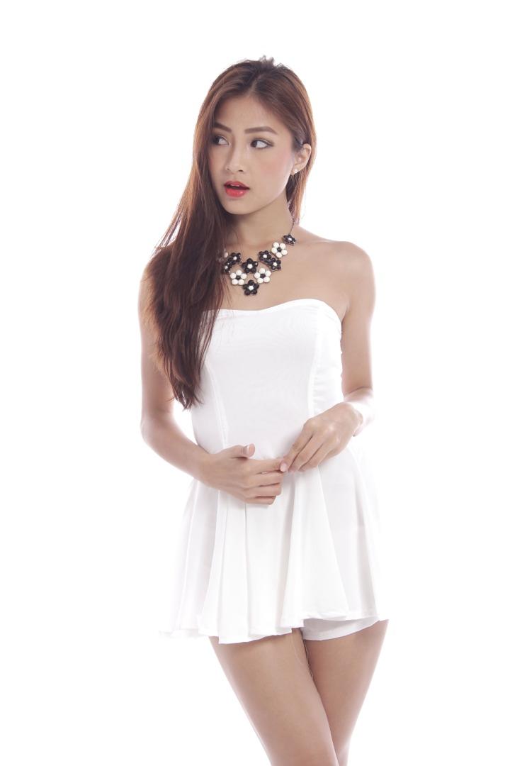 *RESTOCKED* White romper dress | Kissablebella