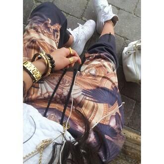 pants gold jewels harem pattern sweatpants sweats art joggers drop crotch fashion outfit outfit idea jeans shoes black gold sequins egyptian bracelets egypt ring anklet baggy sweatpants black and gold chains pattern