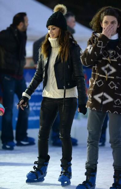 winter sweater nicole scherzinger pom pom beanie winter sports