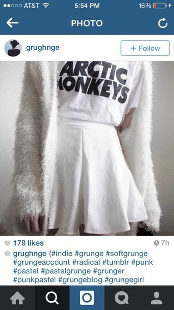 arctic monkeys band t-shirt fluffy