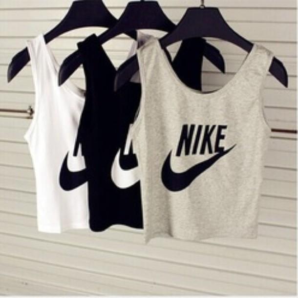 just do it fitness workout sportswear sportstop tank top top shirt nike crop crop tops black white grey blanc noir gris grey coton nike high tops blouse