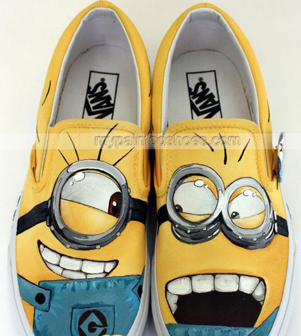 shoes minions bag vans of the wall