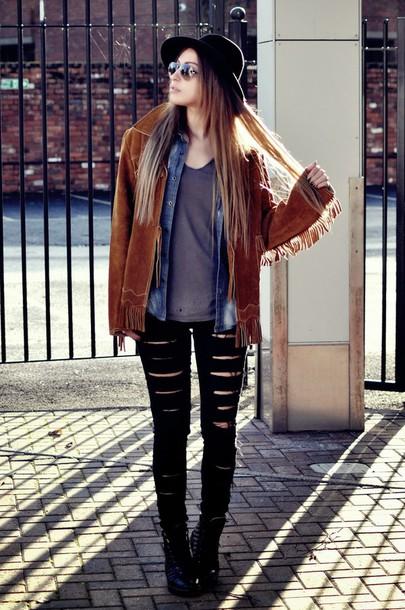 moon magik blogger ripped jeans fringed jacket shoes jacket sunglasses hat