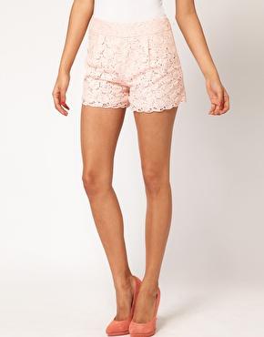 ASOS | ASOS – Shorts aus Spitze mit Bogenkante bei ASOS