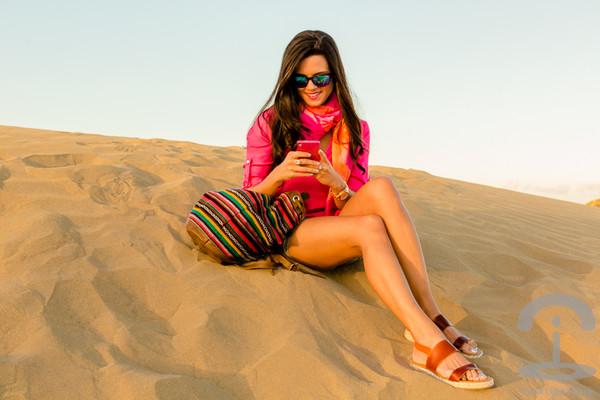 crimenes de la moda shirt scarf sunglasses shorts bag shoes