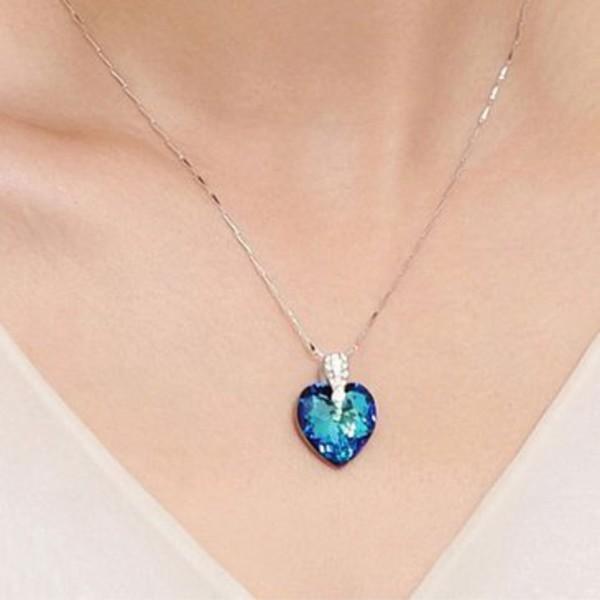 jewels blue heart shape necklace