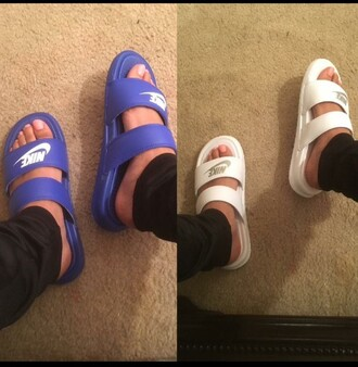 shoes nike slippers slide shoes flats nike sandals slip ins nike shoes blue white blue shoes white shoes open toes cute shoes summer shoes nike slides