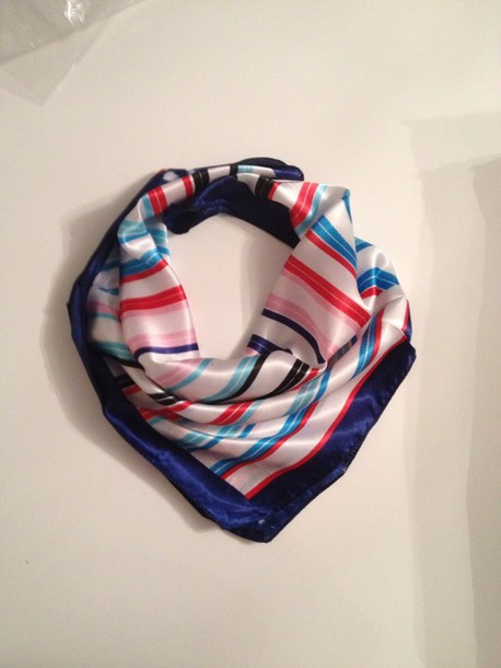 scarf as shown