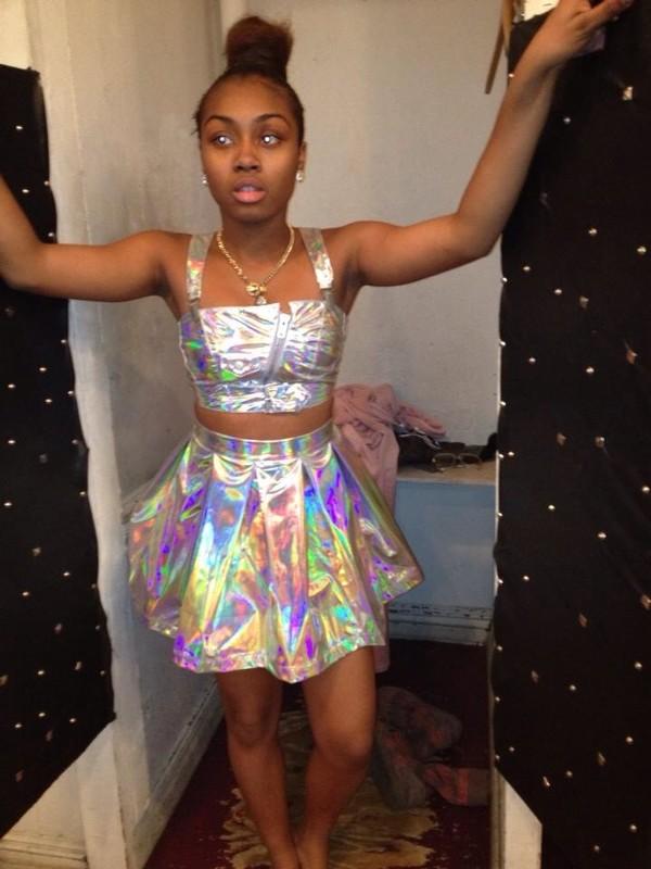 tank top silver shiny metallic skirt
