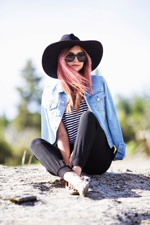 late afternoon t-shirt pants jacket shoes hat sunglasses