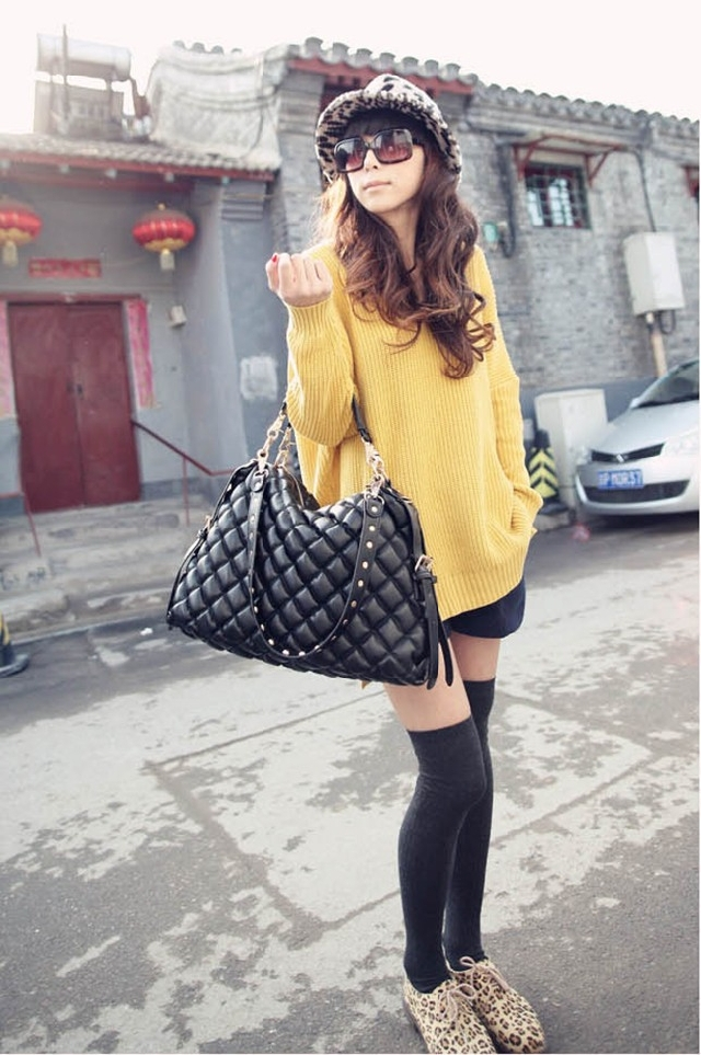 fashion brand 2013 Luxury Bag Black Caviar Leather Bag Large Shopping Tote with Gold Hardware Sholder Bag Y024-in Totes from Luggage & Bags on Aliexpress.com