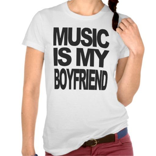 de muziek is mijn vriendt-shirt van Zazzle.nl