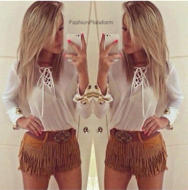 shorts lookbook blouse