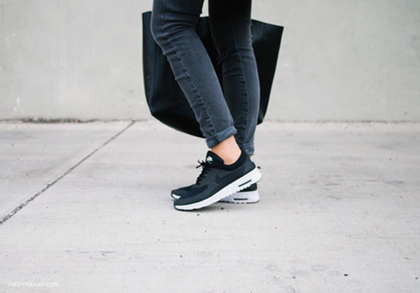 shoes nike nikes black shoes black nikes sneakers casual black and white jeans style fashion sports shoes sleek smart denim streetwear streetstyle streetstyle
