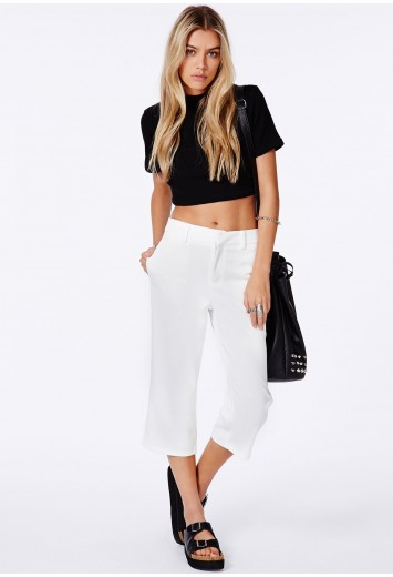 Leslana Cream Tailored Cropped Trousers - Trousers - Missguided