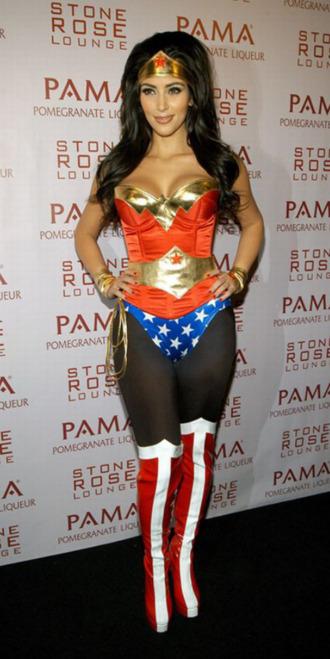 shirt wonder woman kim kardashian halloween costume beautiful celebrity halloween costume
