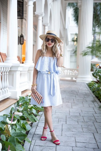 suburban faux-pas blogger hat dress jewels shoes sunglasses bag high heel sandals sandals pouch blue dress straw hat