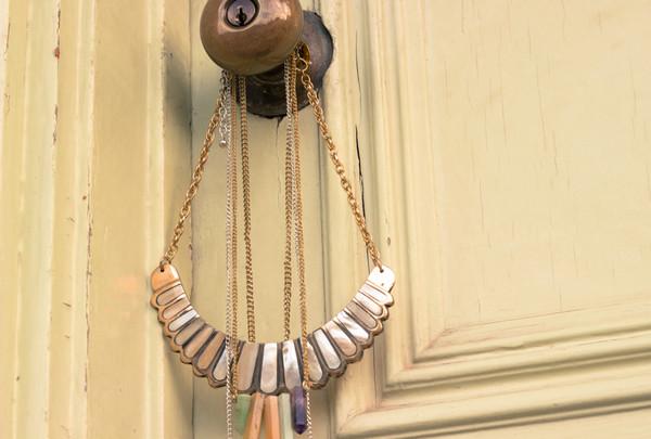 jewels necklace shell bib