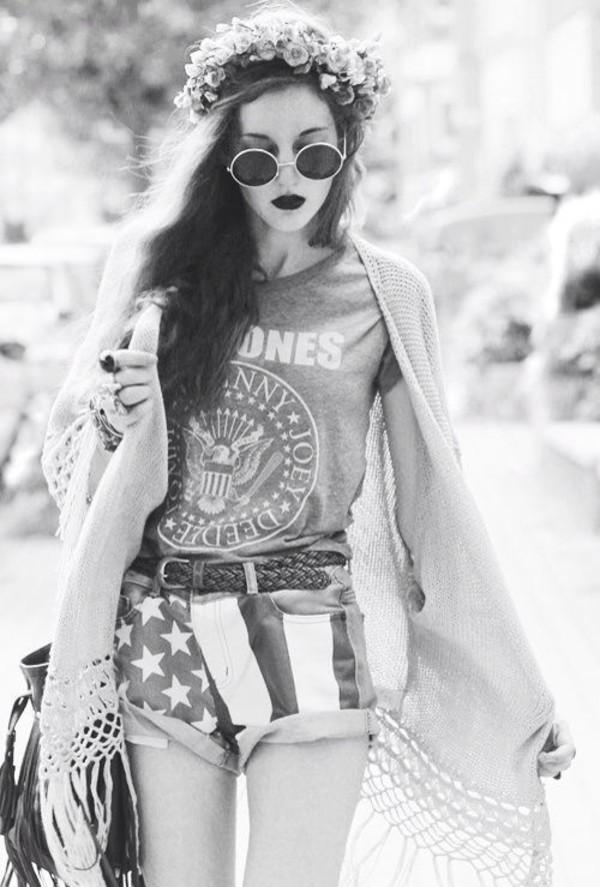shorts american flag shorts blouse sunglasses coat hat