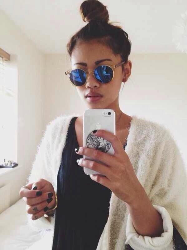 sunglasses blue gold rim round phone cover