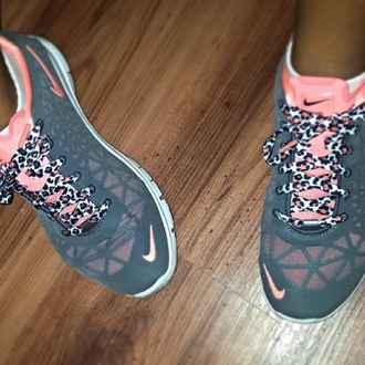 shoes nike pink nike running shoes leopard print heather grey workout shoes workout kicks sports shoes nikes with cheetah laces pink and gray with cheata lace nikes pink leopard nike free run nike shoes with leopard print