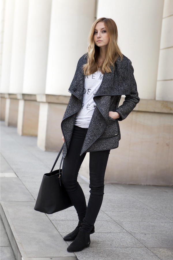 fashion mugging coat t-shirt pants shoes jeans bag
