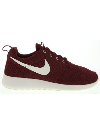 Roshe Run Sneaker in Burgundy - Glue Store
