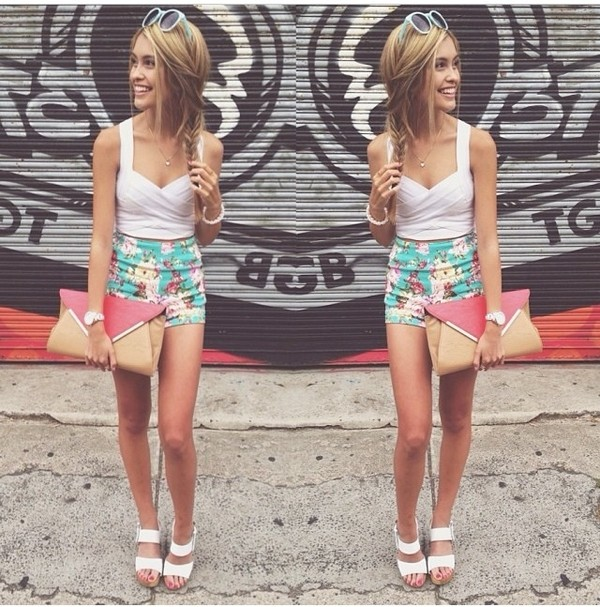 shorts floral white top sunnies shoes tank top sunglasses bag