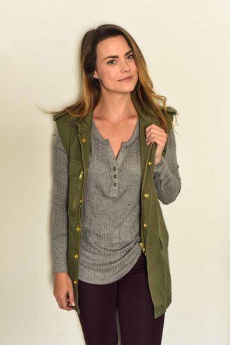 live more beautifully blogger jewels jacket bag shoes grey top long sleeves sleeveless sleeveless coat green coat burgundy