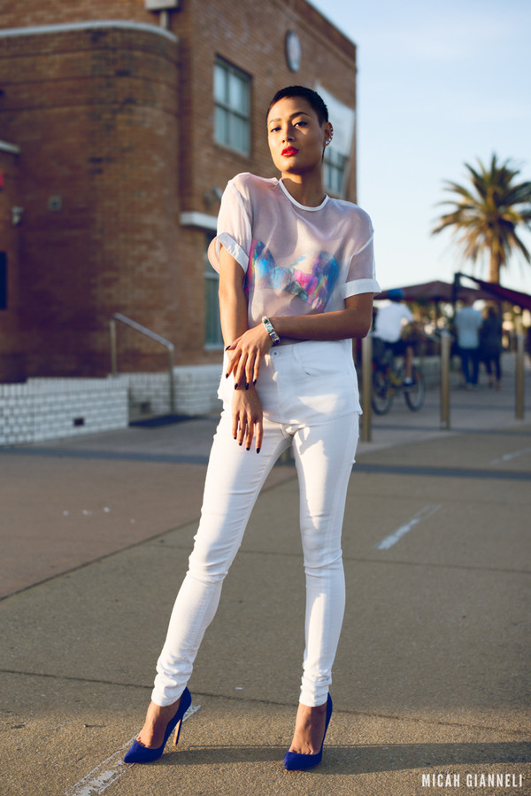 micah gianneli t-shirt jewels jeans shoes