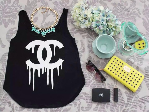 top chanel crop tops pink necklace cute berry