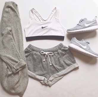 shorts shoes nike running shoes nike shoes sweater bra sports bra top tank top black and white grey hat cardigan grey sweatpants tracksuit trousers nike kimono grey shorts? gray sport bra set running shoes nike sports bra grey shorts sportswear sports shorts