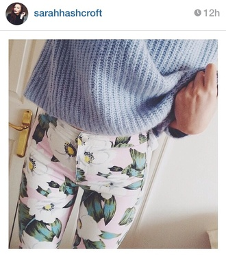 sweater blue floral jumper knit pink flowers topshop high waisted pants high waisted blue jumper jeans floral pants