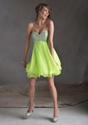 Sweetheart Short Green Beading Chiffon A Line Cocktail/Homecoming Dress Oss0016