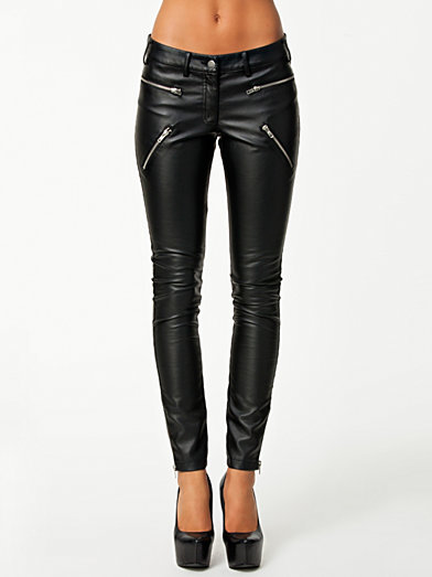 Battle Pants - Nly Trend - Zwart - Broeken & Shorts - Kleding - Zij - Nelly.com