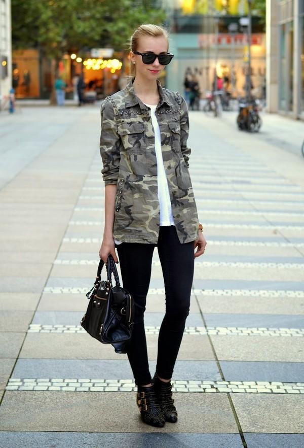 vogue haus t-shirt blouse shoes bag sunglasses jewels
