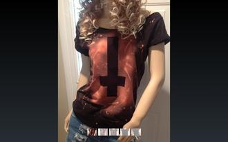 t-shirt croix pastel goth