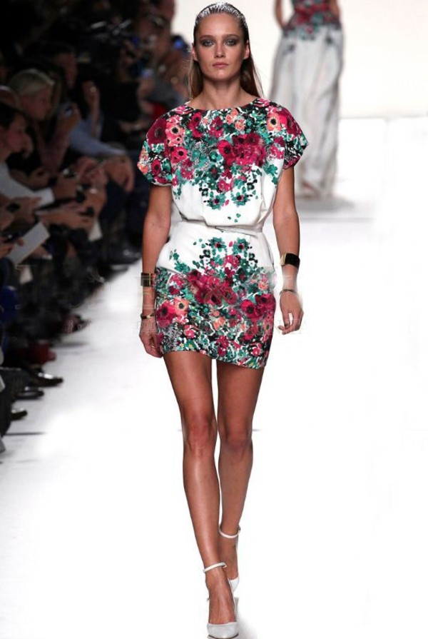 dress floral white model runway blogger catwalk flowers colorful short mini summer fashion fashion show skirt