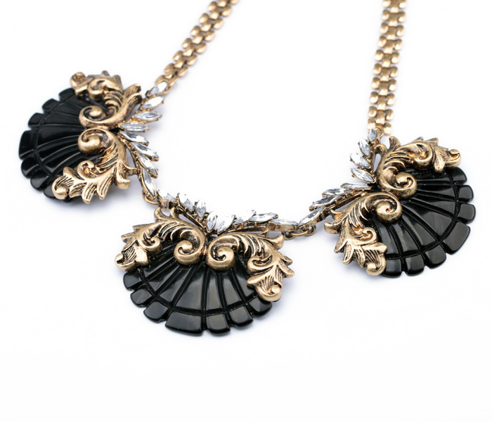 New Styles 2014 Fashion Jewelry  Resin Sector Pandent Statement Necklace-in Pendant Necklaces from Jewelry on Aliexpress.com