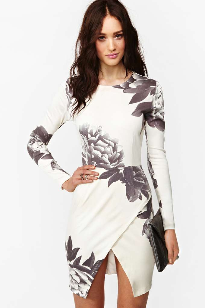Madison Dress - Dark Bloom  in  What's New Back In Stock at Nasty Gal