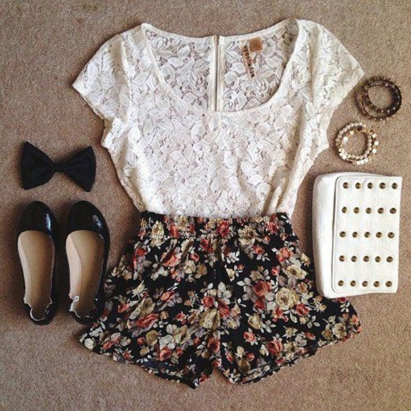 shirt cute shoes girl outfit fashion shorts bag bracelets nail polish jewels pants floral flowered shorts top laxe lace floral skirt lace top white blouse white blouse flowered shorts black white studded clutch t-shirt lace shirt handbag lase black flats black shorts high waisted