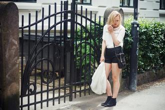 bag t-shirt shoes jacket shorts elenita
