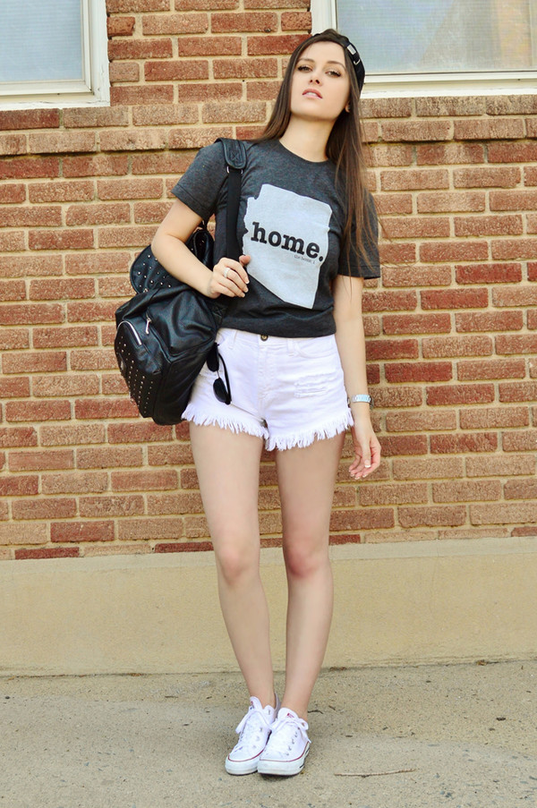 shelly stuckman shirt shorts shoes hat jewels sunglasses