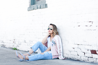 it's not her it's me blogger jeans jacket t-shirt shoes bag pink jacket bomber jacket pumps ripped jeans satin bomber