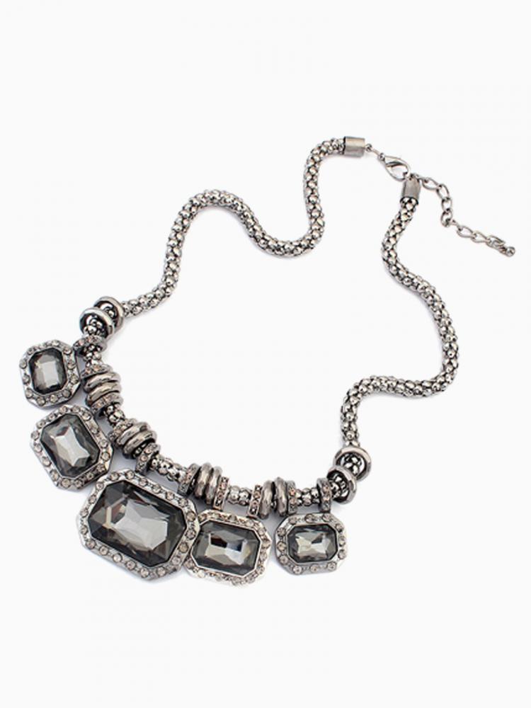 Black Gemstone Statement Necklace   Choies
