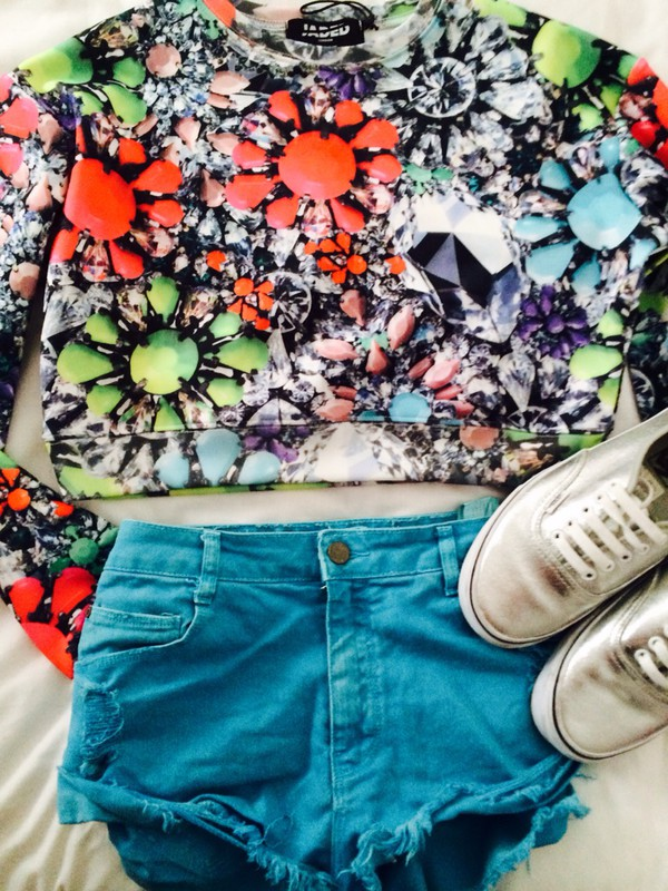 sweater diamonds spring style cute colorful colour sweater amazing shorts shoes